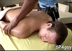Gay gives good blowjob for horny dude