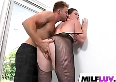 MILF Jessica Rayne Is Debased Close by Net