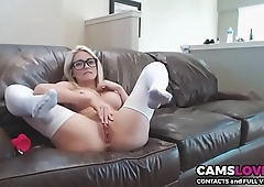 Stunning nerd blonde girl masturbate on cam - camslover.eu